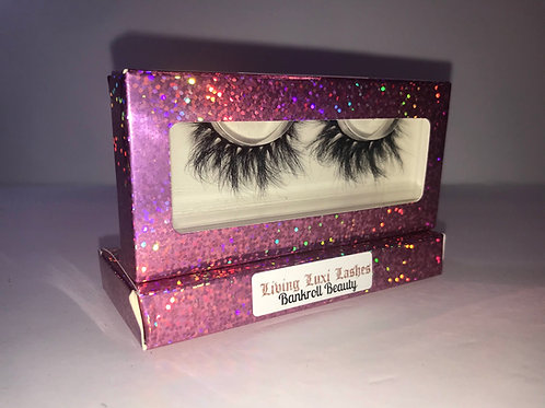 Living Luxi Lashes