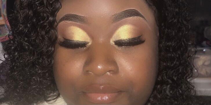 Eyebrow Shaping And Filling