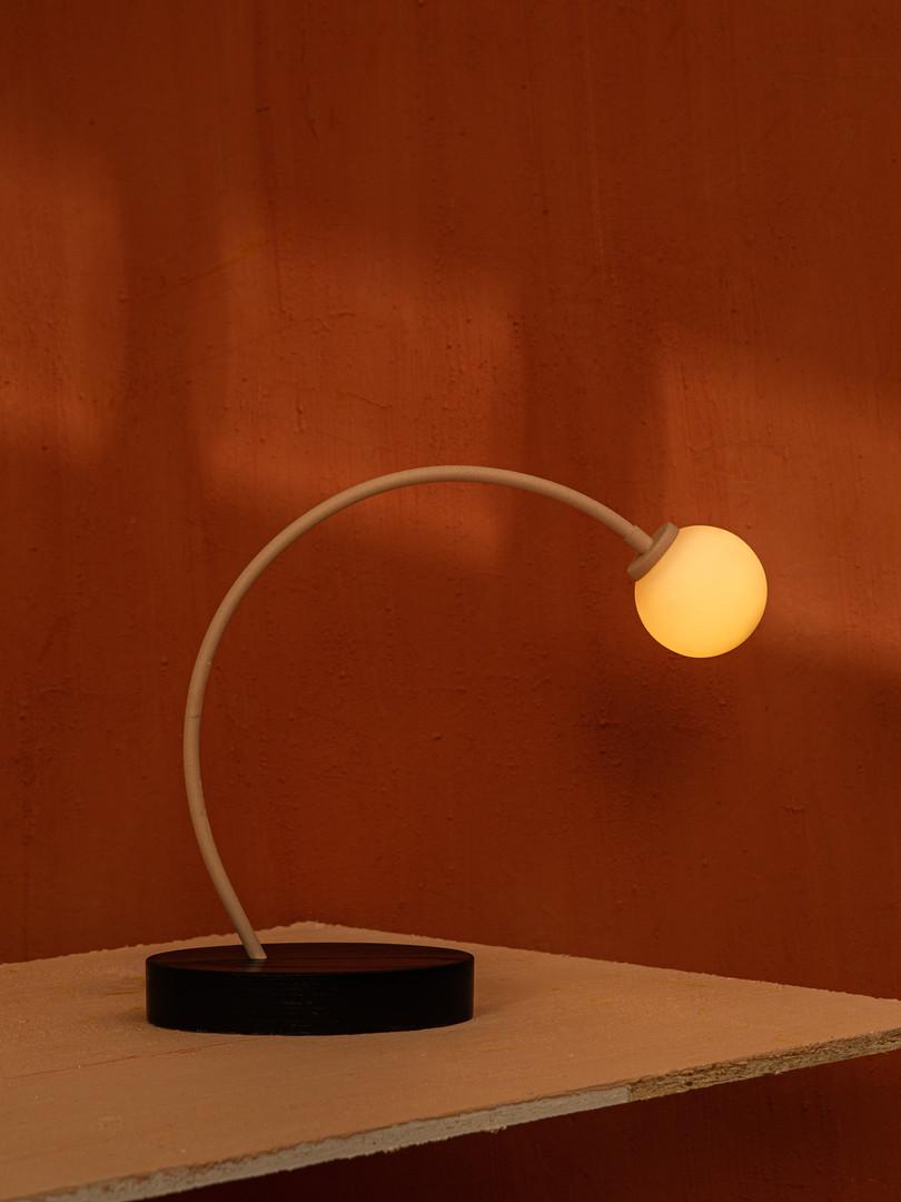 Lampe de table 1.jpg
