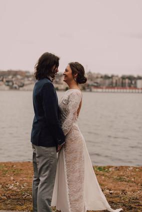 COUPLE EXTÉRIEUR MARIAGE