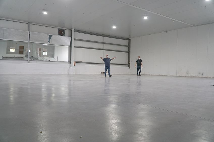 The new manufacturing hall.