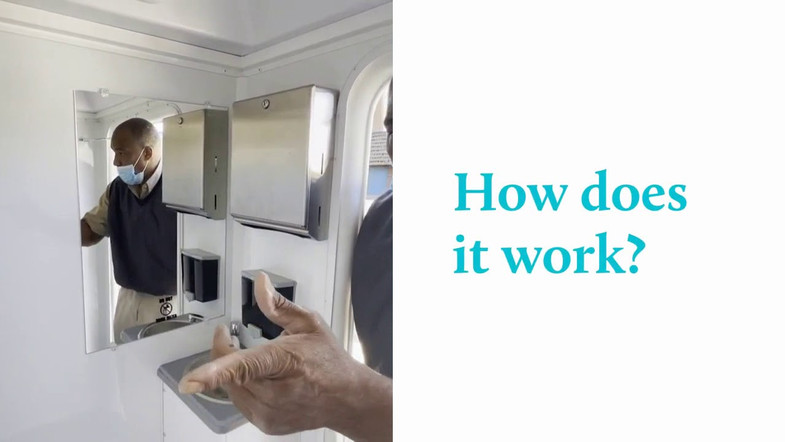 How does a mobile shower work?