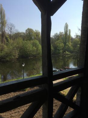 La Loggia et sa vue sur la Dordogne rivière sauvage et secrète