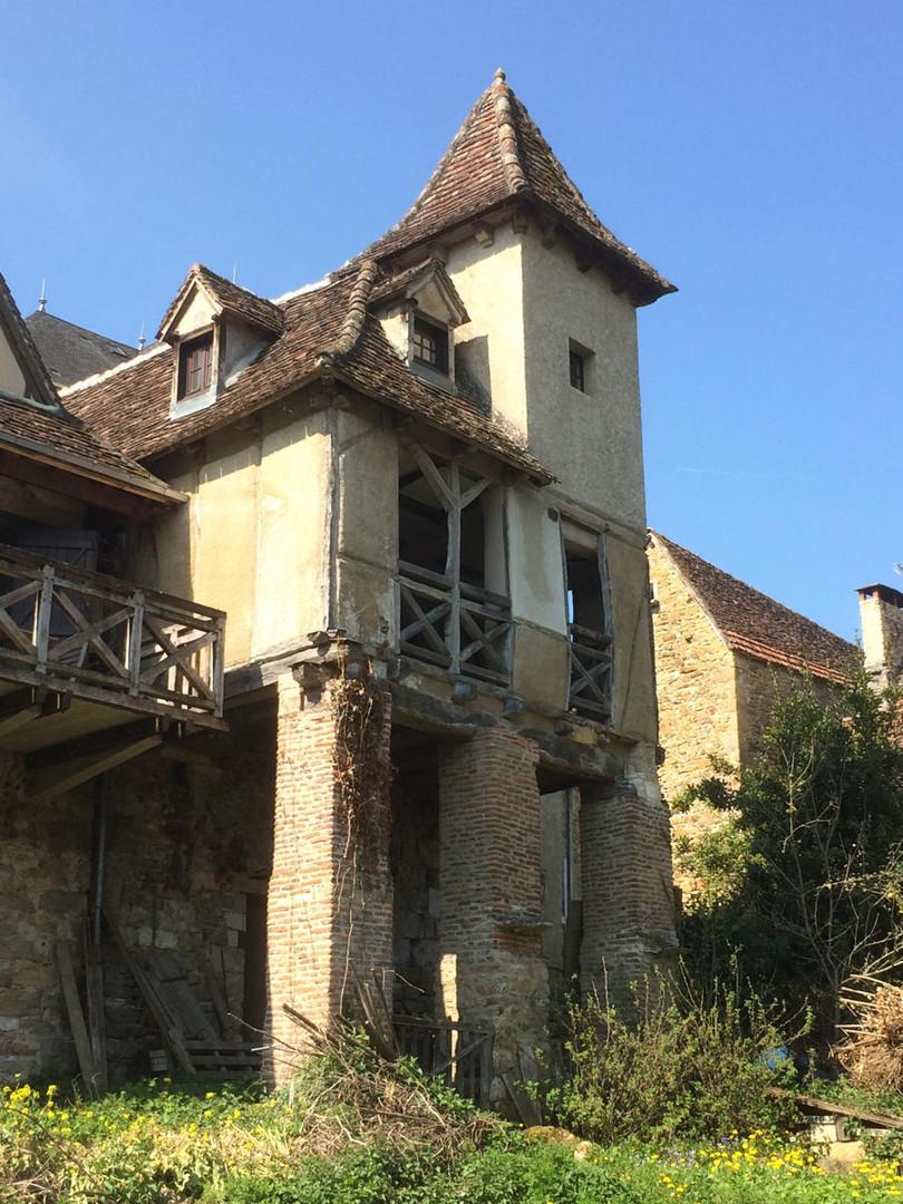 La Loggia et sa Facade sur La Dordogne.jpg