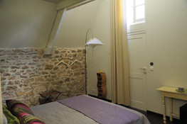 Chambre/studio au charme authentique à Carennac