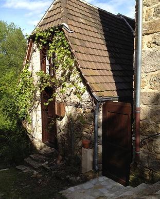 1_ La Cachette entrée.jpg