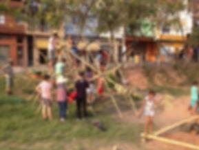 Bioconstrução de Brinquedo em Bambu no PDC 4 - Jardim Damasceno.