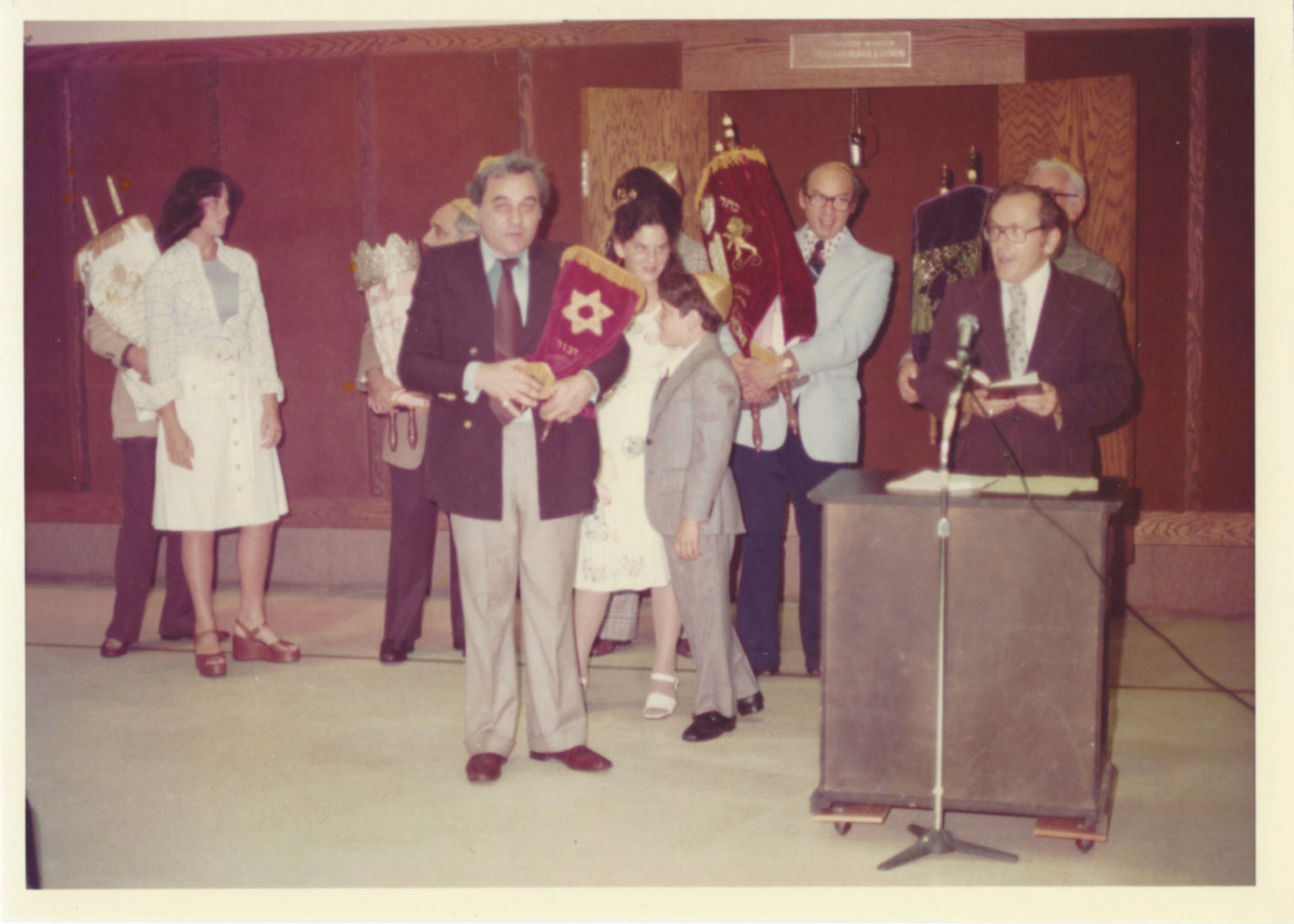 Arthur Weil, president of Solomon Schechter Day School in Chicago 1972, at the dedication ceremony for the little tattooed Torah that the book was based on.