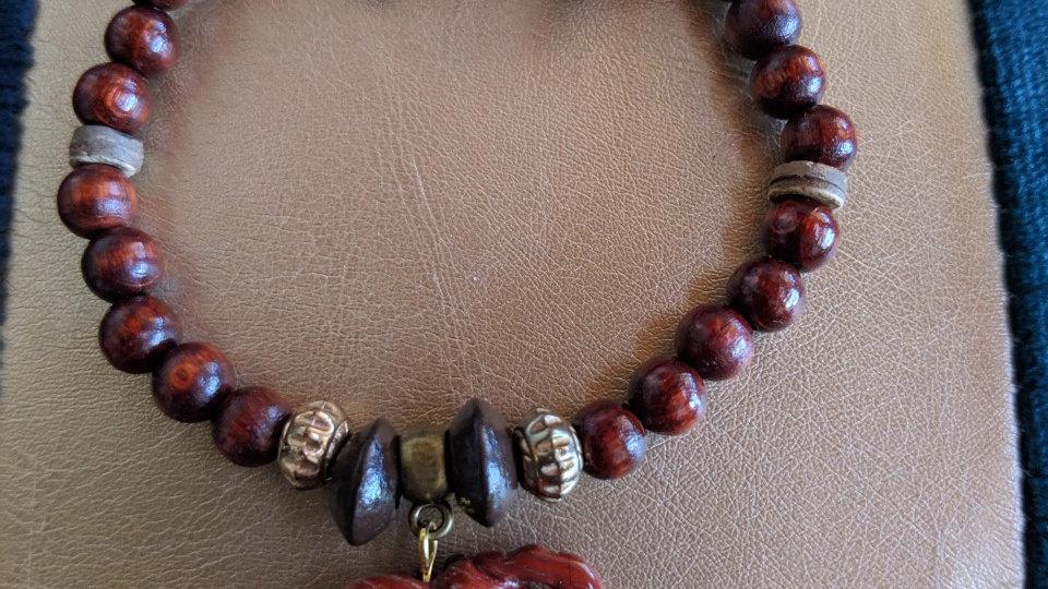 Bracelet de type Africain avec éléphant en Pierre de Soleil