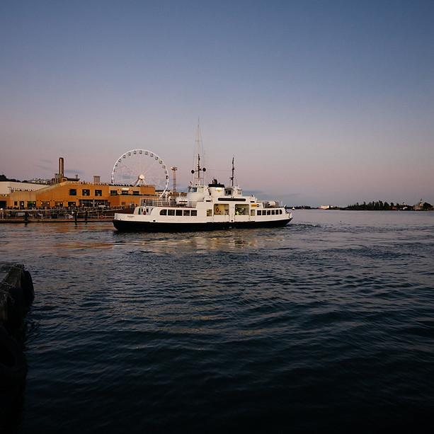 Suomeninna Ferry, Helsinki
