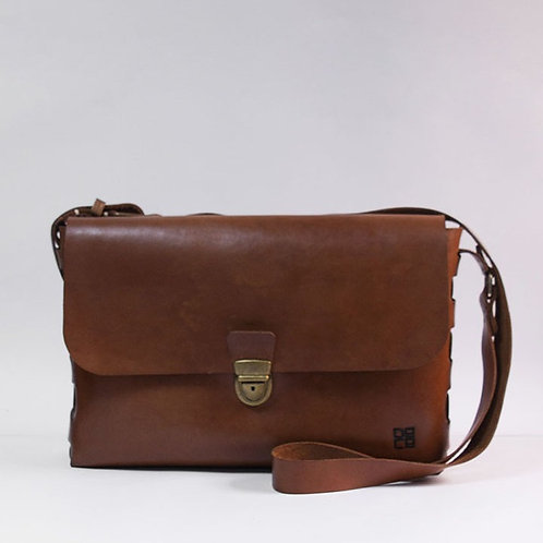 THE SATCHEL (WS)