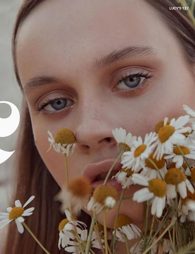 LUCY_S_Magazine_LUCY_S_Magazine_Vol_57-1