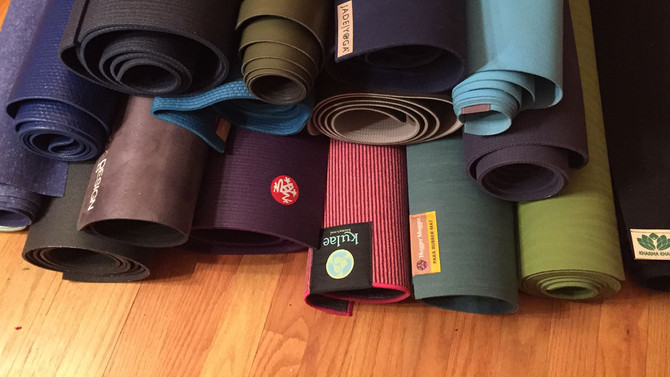 Things to consider when choosing a yoga mat!