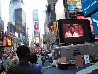 SYD ON TIME SQUARE
