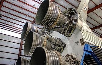rocket-347408_960_720.jpg