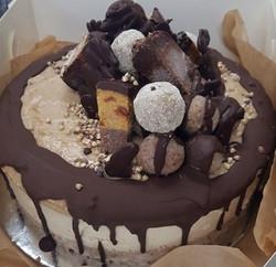 PB caramel raw cake_edited