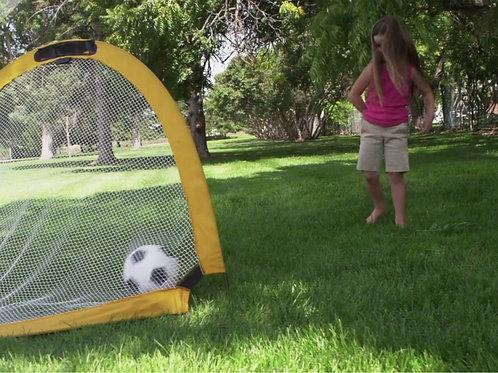 Foldable soccer goal type 011