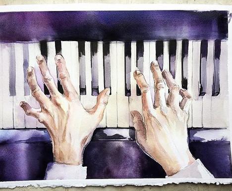 Playing piano._Руки пианиста.jpg