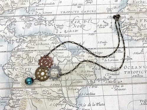 Multi-Gear Necklace w. Pearl Charm