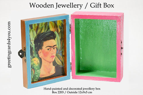 Wooden Memento/Jewellery Box - 2203