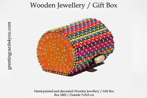Wooden Memento/Jewellery Box - 2402