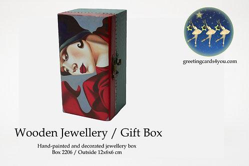 Wooden Memento/Jewellery Box - 2206