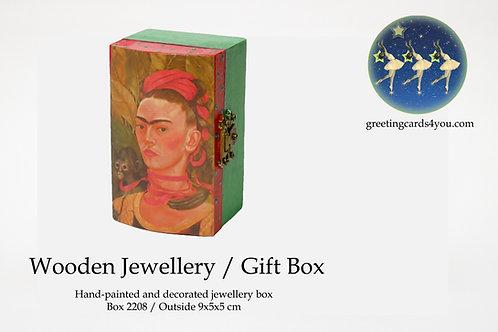 Wooden Memento/Jewellery Box - 2208