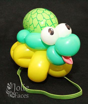 turtle balloon twisting