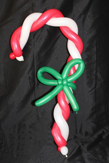 candy cane balloon twisting