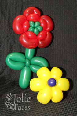 flower bracelet balloon twisting