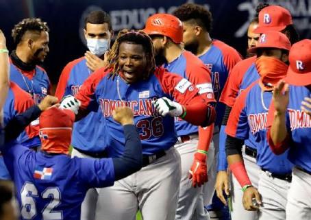 República Dominicana gana batalla de jonrones a Venezuela en preolímpico final