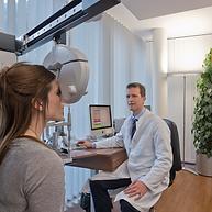 test de vision, , Centre d'ophtalmologues Vista Alpina, Viège, Sierre, Valais