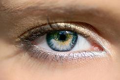 augenerkrankungen, grauer star, katarakt, grüner star, glaukom, altersbedingte makuladegeneration, vista alpina augenzentrum, dr. med. vandekerckhove,