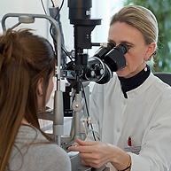 contrôle des yeux, , Centre d'ophtalmologues Vista Alpina, Viège, Sierre, Valais