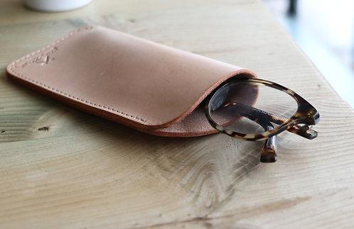 Veg Tan Glasses Sleeve