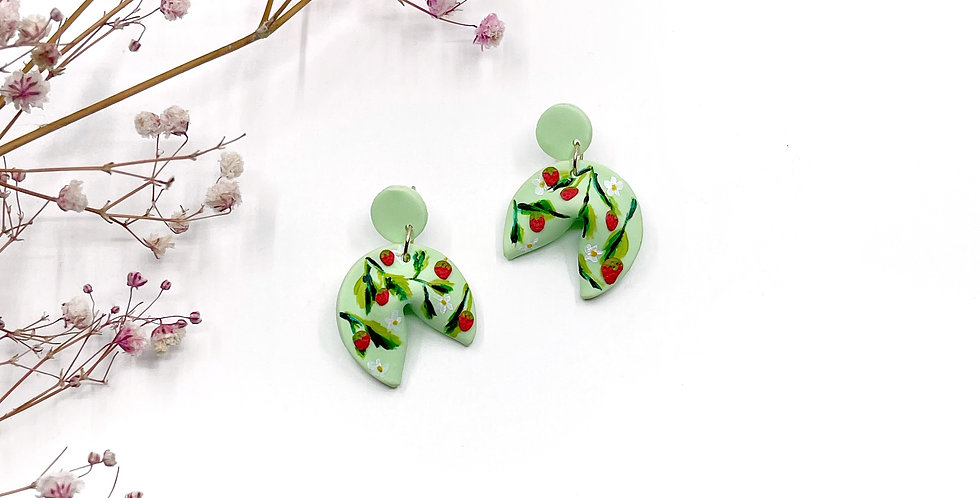 Strawberries and Green Cookies - Teeny Tinys
