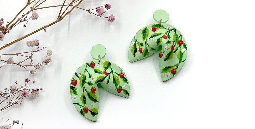 Strawberries and Green Cookies - The Big Ones
