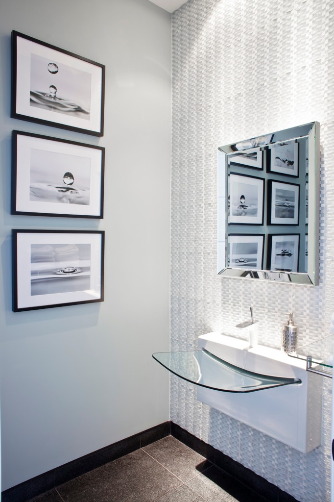 Madison Powder Room by RMI