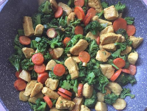 Gyorsan elkészíthető zöldséges csirke