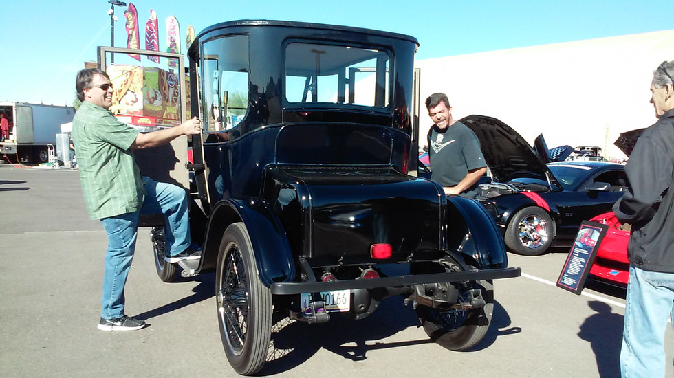 Steve with his 1914 Detroit Electric car