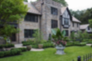 Harcourt Manor.jpg