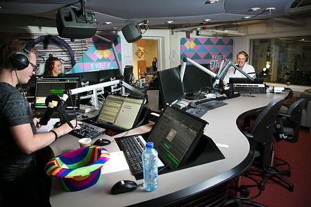 RonsRadioShow053.jpg