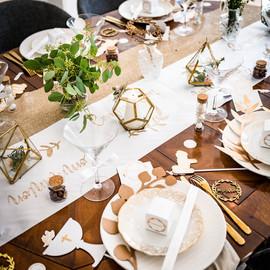 deco table communion.jpg