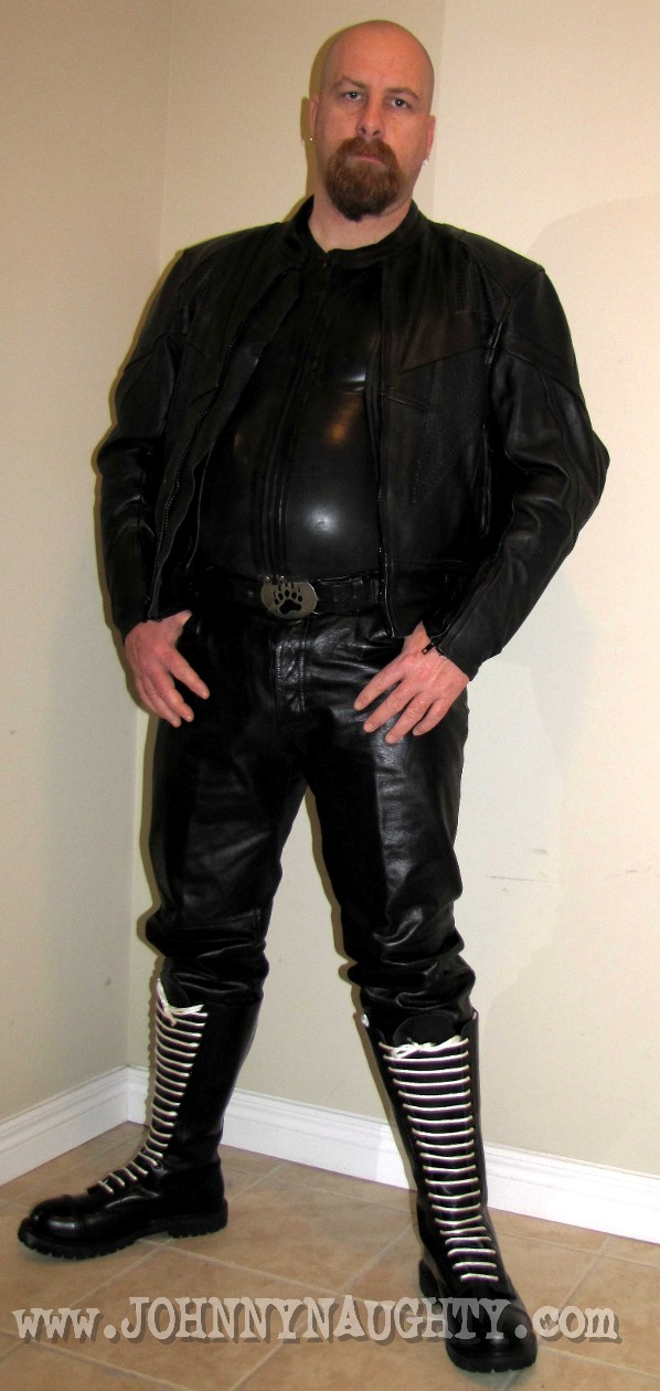 Leather057