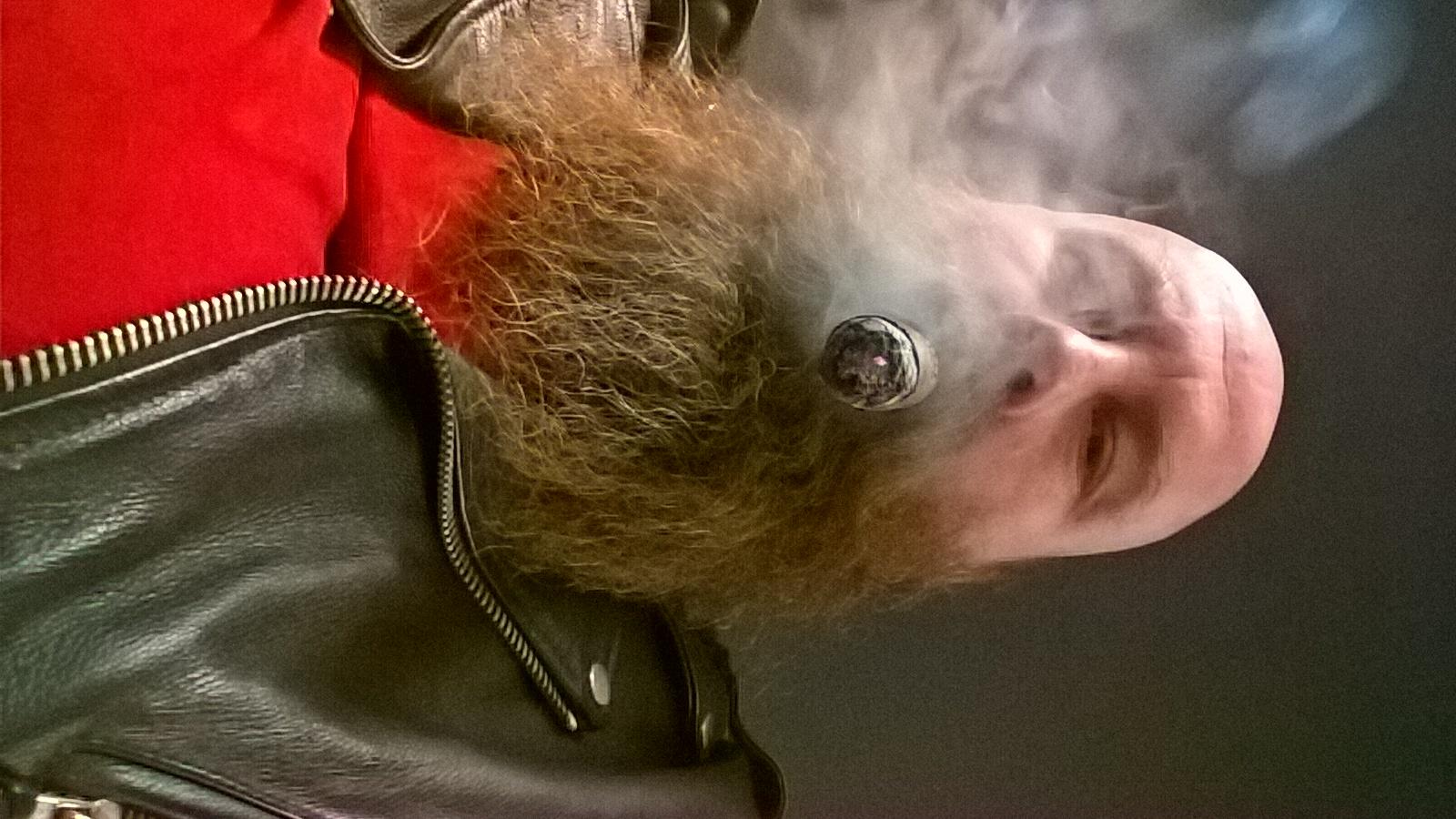 Tobacc&Smoke0240