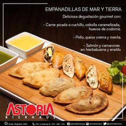 EMPANADILLA DE MAR Y TIERRA