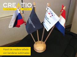 mastil banderas