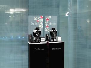 2-luxsense-display-de-beers.jpg