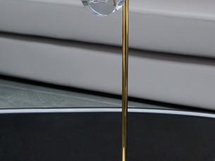 5-luxsense-display-christan-louboutin.jp