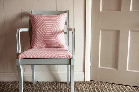 BELL: Pink - cushion